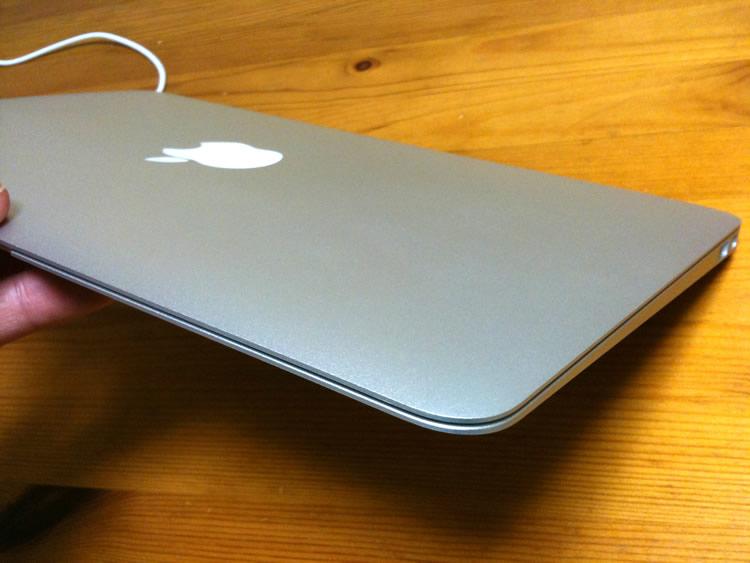 MacBook Air 11インチ 04
