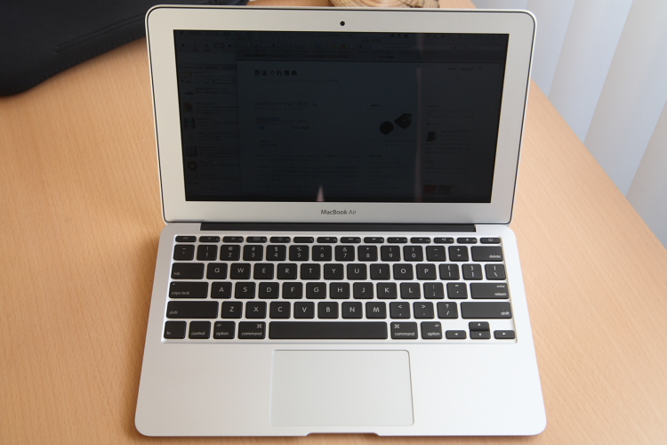 MacBook Air 11インチ 02