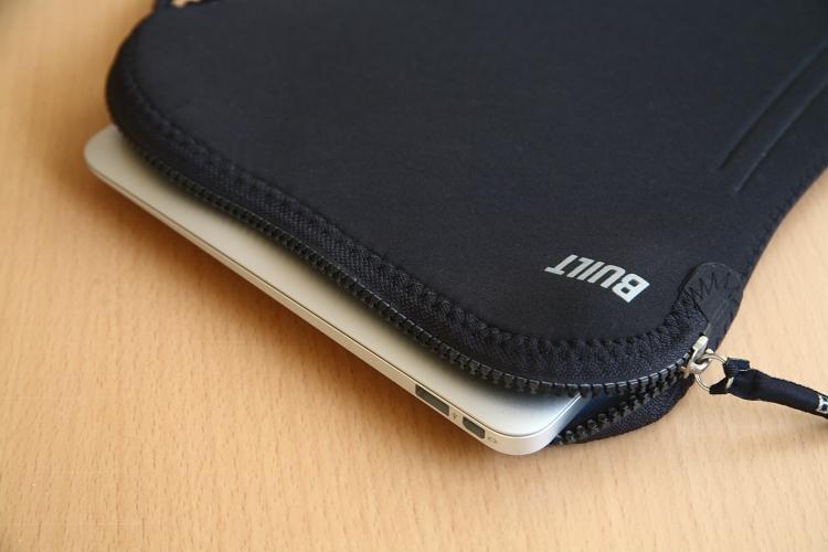MacBook Air 11インチ 06