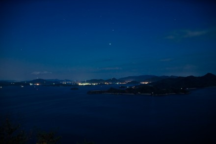 到着時の夜空と夜景