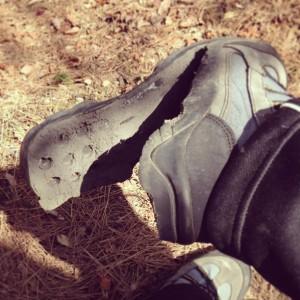靴底がはがれた